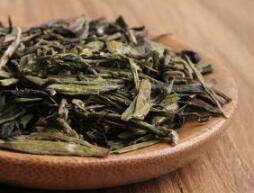 """扬州名茶""""魁龙珠""""陷商标战"""
