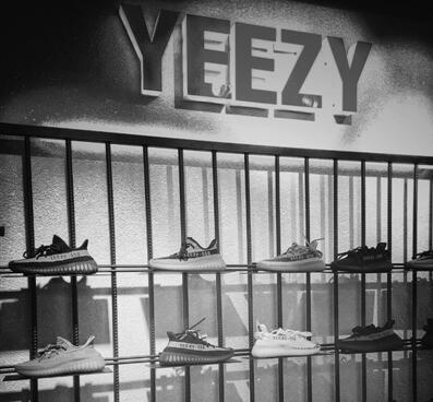 """温州商人成功注册""""YEEZY""""商标并开店"""
