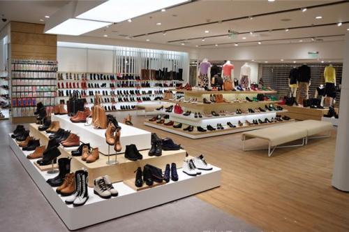 零度、hotwind等标称商标休闲鞋商品上不合格名单
